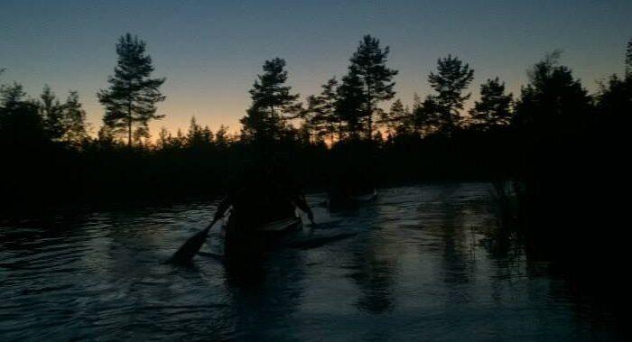 Öömatkad kanuudel